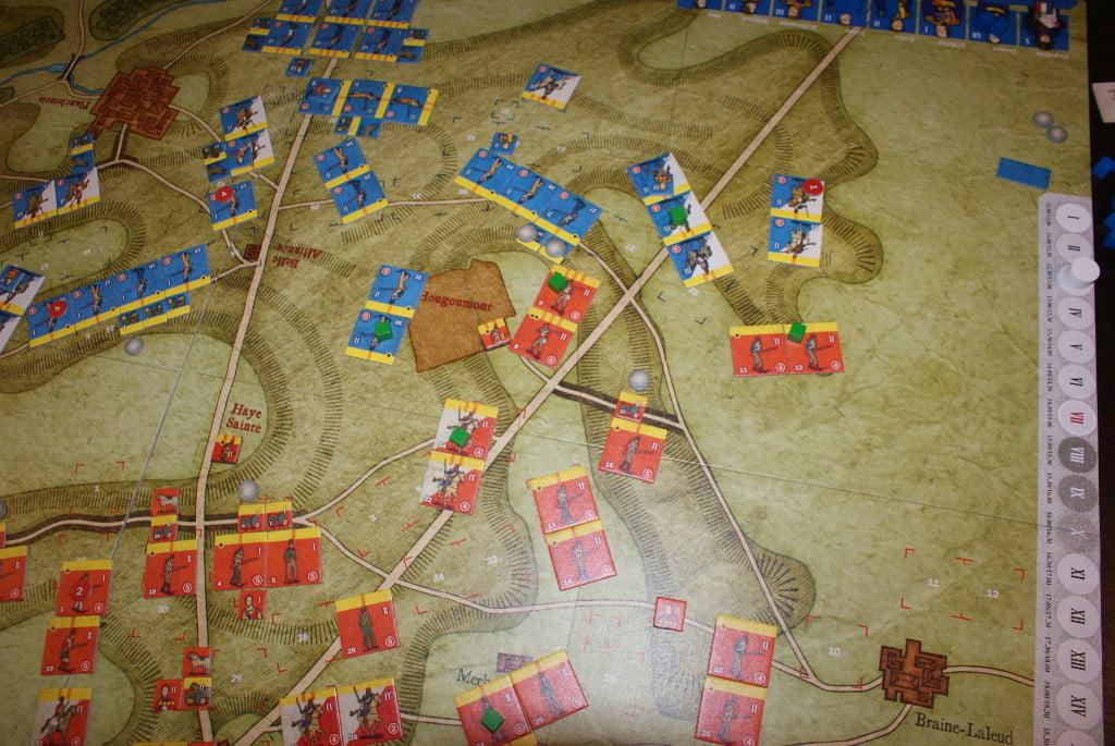 La situazione sull'ala destra inglese: attacco dei veterani inglesi al centro, supportati dalla cavalleria leggera, mentre la cavalleria pesante francese si fa davvero minacciosa