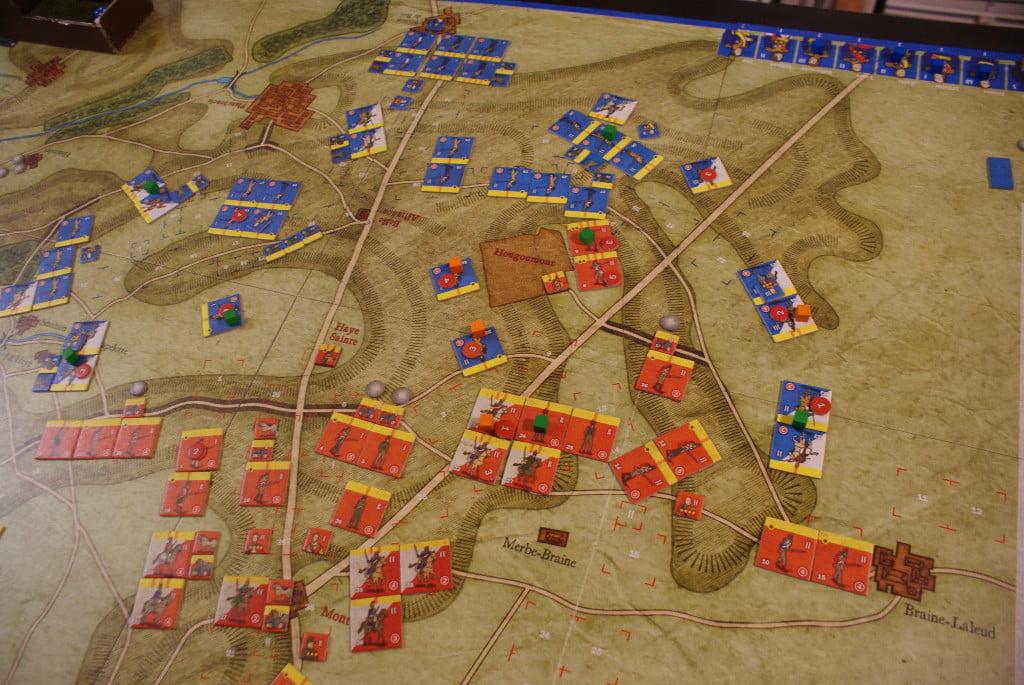 La situazione nella zona fra Hougoumont e La Haye Sainte