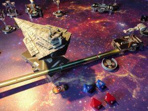 La zona posteriore dello Star Destroyer è quella più vulnerabile... il giocatore imperiale deflette l'attacco sugli scudi di un'altra sezione.