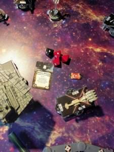 La piccola corvetta Corelliana non può reggere a lungo il volume di fuoco dello Star Destroyer...