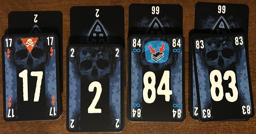 Game over: il secondo giocatore ha dovuto calare la carta 17 (che notoriamente non porta benissimo...)