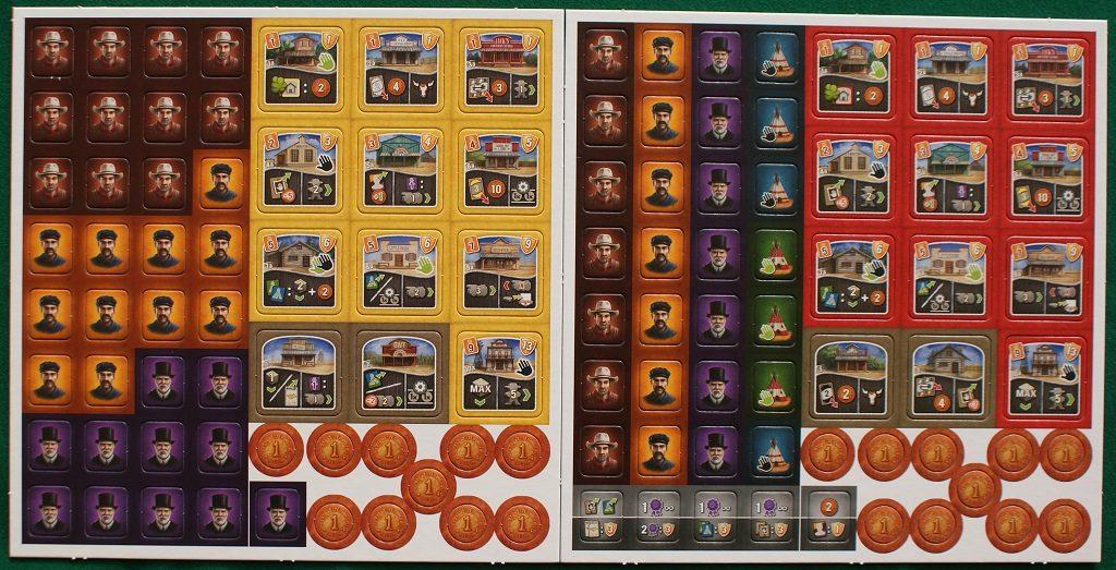 """le prime due plance con tessere e monete: si notano, in basso a sinistra della seconda, le cinque tessere """"capostazione"""""""
