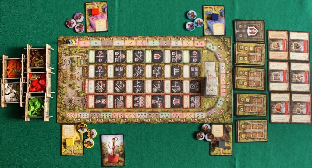 Il tavolo ad inizio partita