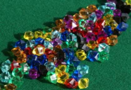 Le gemme di energia nei sette colori dei chakra.