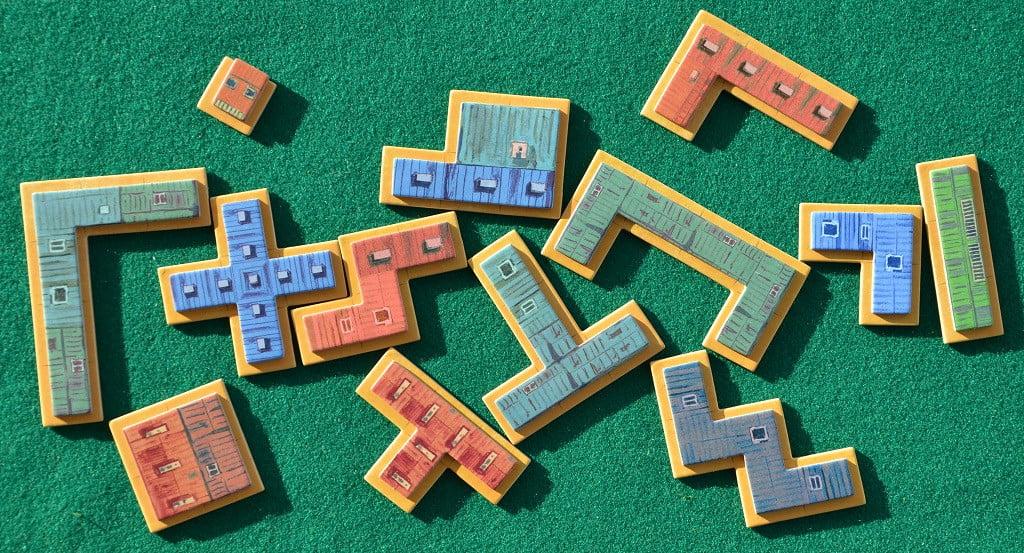 """I """"polimini"""" che raffigurano gli edifici da costruire"""