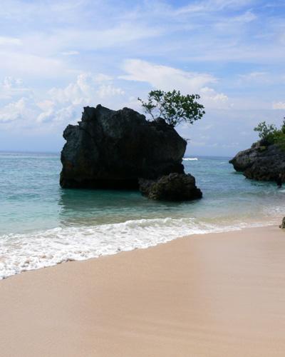 bali-padang-padang-beach