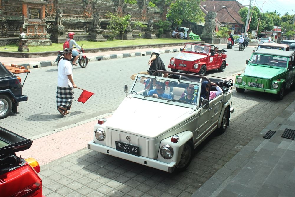 Bali Car Charter With Driver - VW Safari - Gallery 02260217