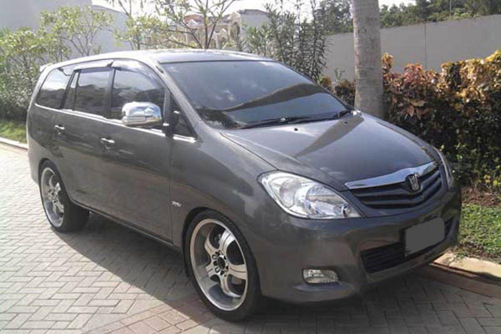 Bali Car Charter With Driver - Kijang Innova - Gallery Image 02260217
