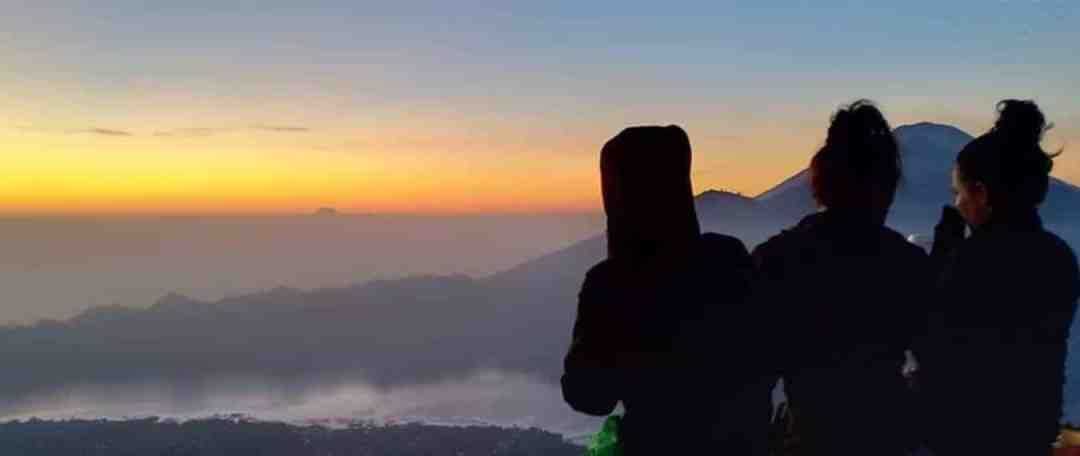 Bali Trekking Sunrise and Pakerisan River Tubing Tour - Header 071118a