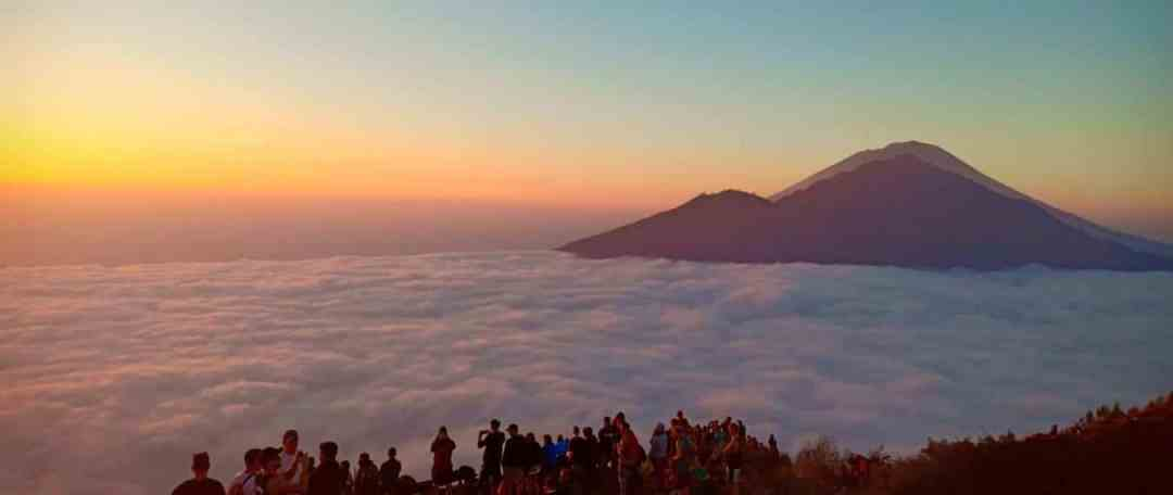 Mount Batur Sunrise Trekking and Ubud Ayung Rafting - Header 041118