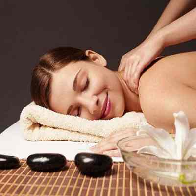 CIBTAC Stone Massage Therapy Diploma course at top Bali Spa and Massage School teaches warm & cold stone techniques, plus chakras, ayurveda, anatomy &physiology