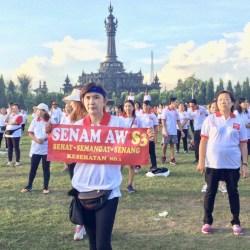 Ribuan Massa Ikuti Senam AWS3