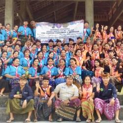 Jaga Lingkungan, Pramuka SMK Farmasi Saraswati 3 Denpasar Gelar Bakti Lingkungan di Pura Erjeruk