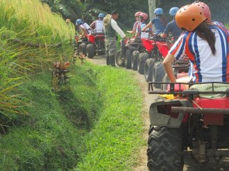 amlin singapore, amlin, atv riding, treasure hunt, team building, atv line