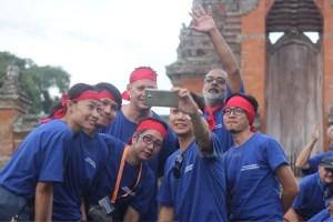 Selfie photo, taman ayun temple, syngenta group