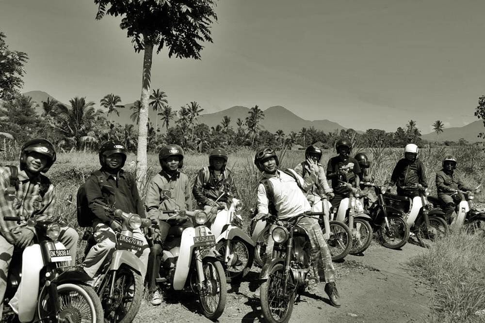 Tour in Bali with the Vintage Motorcycle
