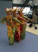 DwiBhumi Legong Keraton Balinese dans