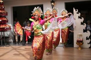 dwibhumi-balinese-dansgroep-verzorgingstehuis-livio-enschede-2014-3