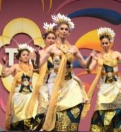 balinesedans-dwibhumi-tongtongfair2016-foto-hanskleijn-1