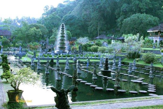 tirta gangga, water, park, bali, karangasem, karangasem bali, water park, heritage, heritage site, places, places to visit