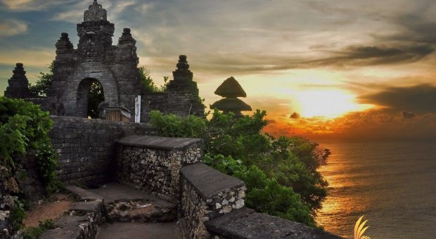 Uluwatu Tour – Kecak Dance Dinner Packages