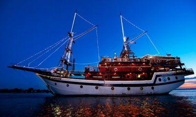 Sunset Dinner Cruise | Bali Pirate Dinner Cruise – Bali ...