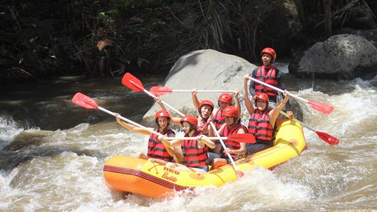 wisata rafting di bali