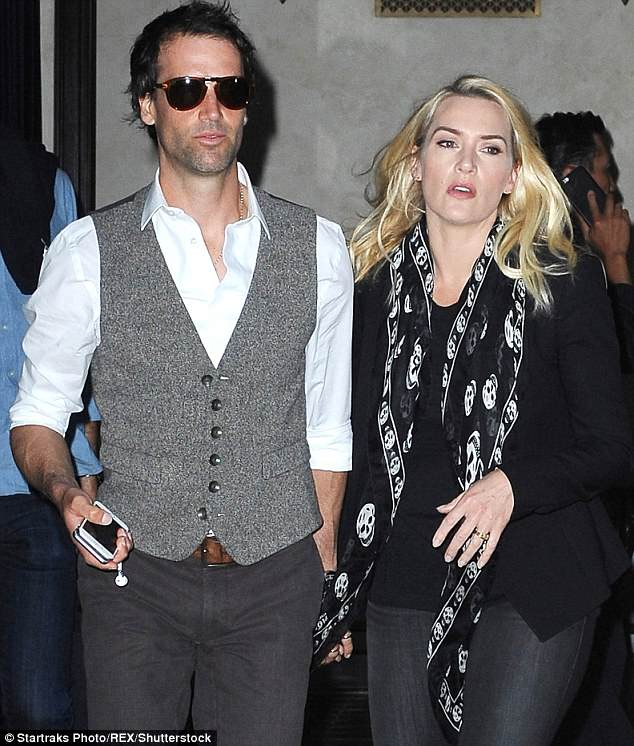 4DF0D0C600000578-0-Kate_Winslet_and_Sir_Richard_Branson_s_relationship_was_joyfully-m-83_1530782997072