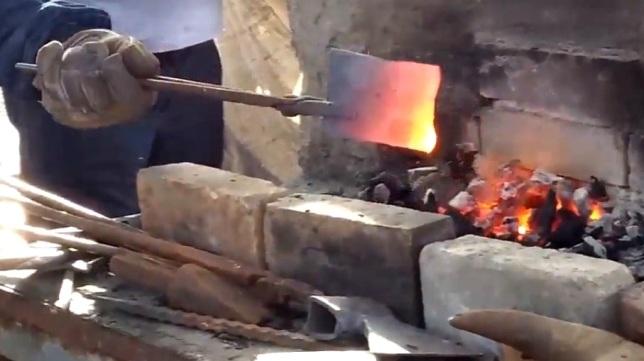 Geleneksel Demircilik sanatkarı demire nasıl şekil veriyor?