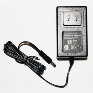 18 Volt Strom Battery Charger