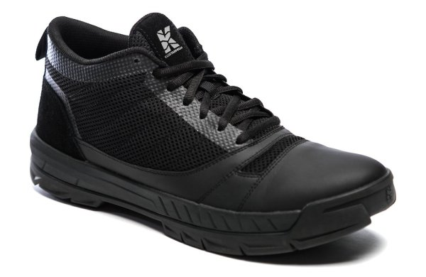 Kujo Footwear - Womens - Black and Black