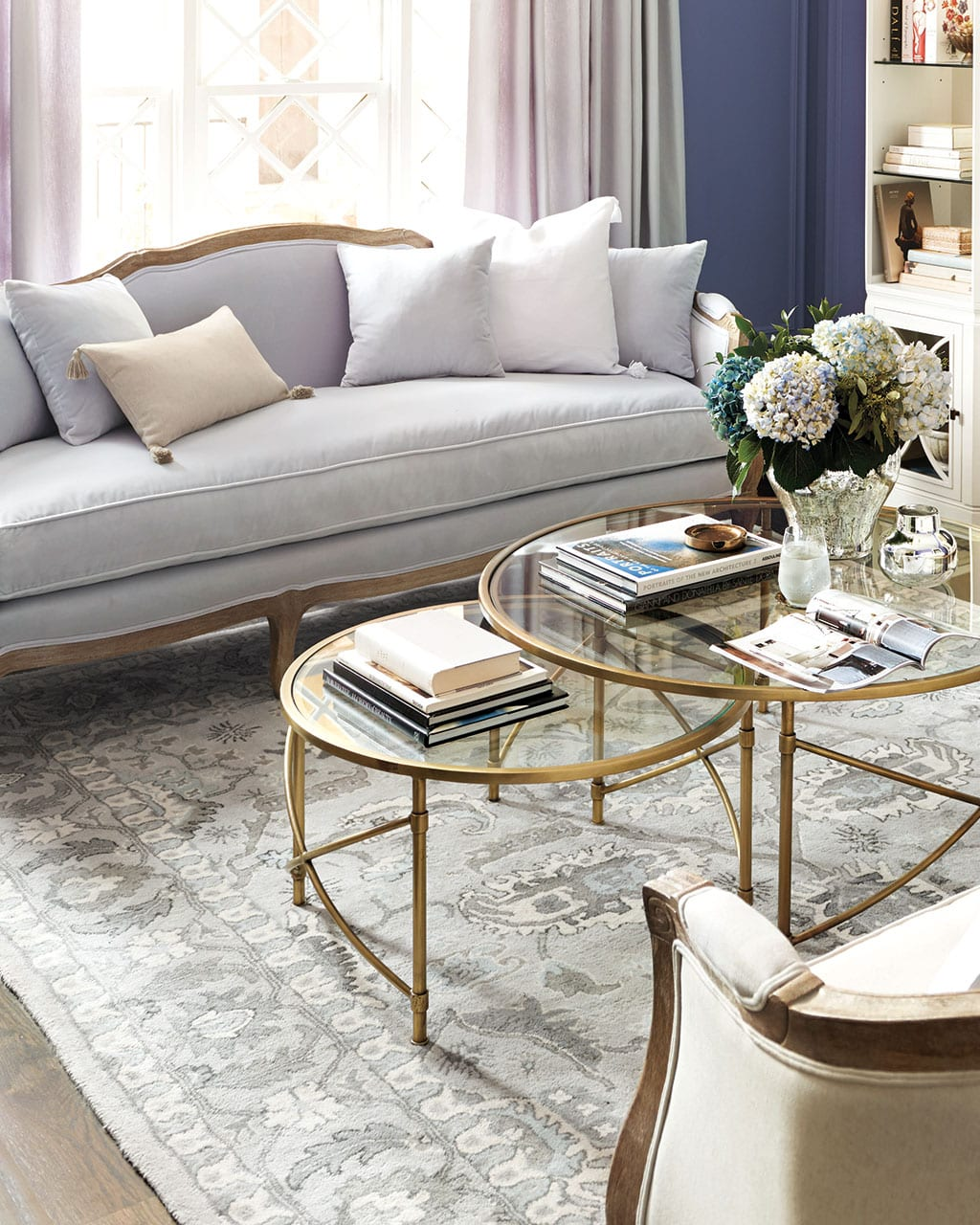 how to space furniture in your room