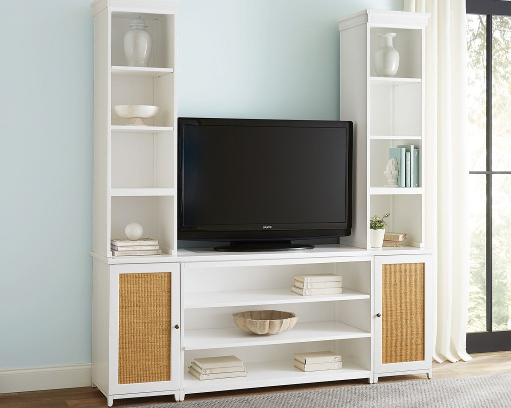 Hutton office collection with media storage for television
