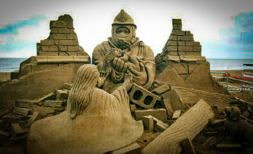 Look at the detail in this sand sculpture! Amazing, right? Makes our little castle seem pretty pathetic...