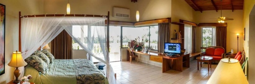 Master-Suite-Crsital Ballena Boutique Hotel and Spa, birders paradise