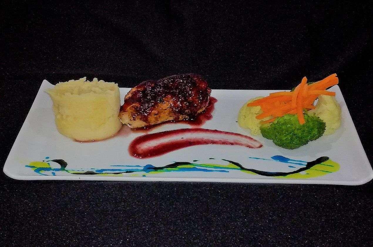 Restaurante fusion comida internacional japonesa sushi for Asia sushi bar and asian cuisine mashpee