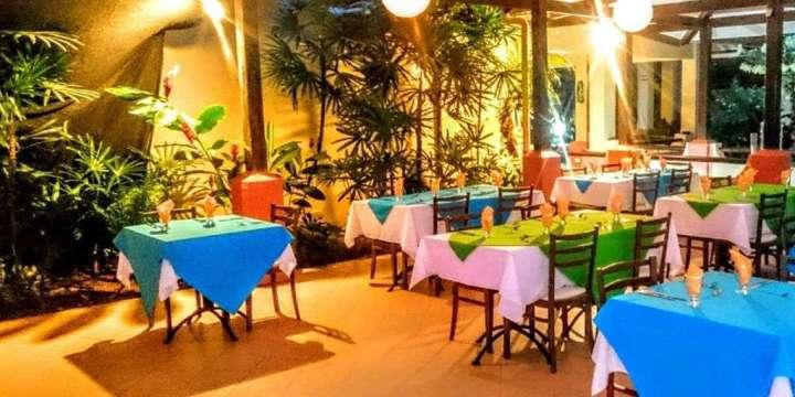 Mi Amore Restaurant, Vista ballena Hotel,