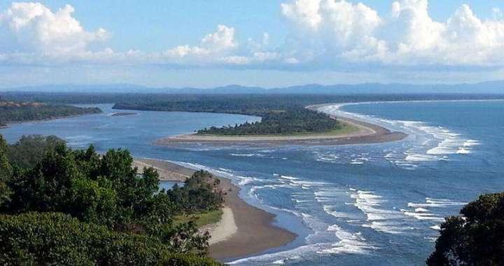 Playa Garza, Ojochal Costa Ballena, Osa, Costa Rica