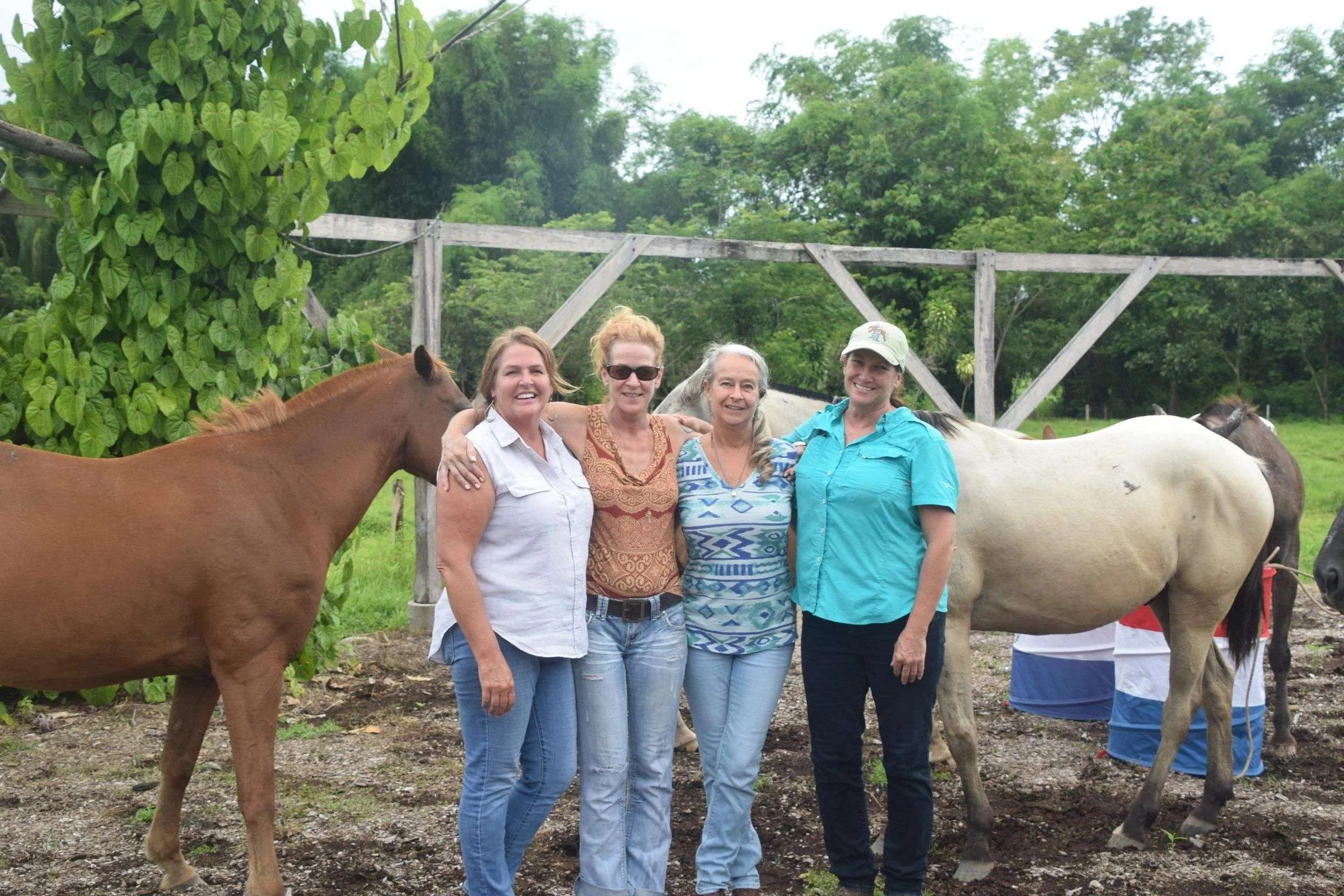 Chicas y Caballos Horses and Girls