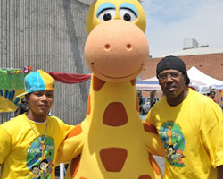 Romeo, Gee Gee The Giraffe and Master P