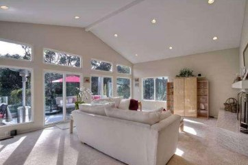 Inside Cindy Crawford's Newly Bought Malibu Home