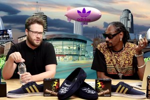 Seth Rogen Teaches Snoop Dogg How To Roll Cross Joint