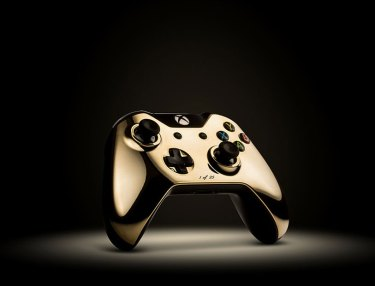 ColorWare Unveils 24k Gold PS4 & Xbox One Controllers