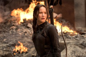 Hunger Games: Mockingjay Part 2 (First Look Trailer)