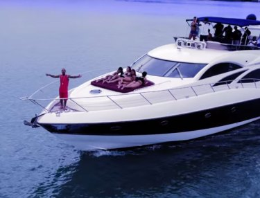 Jermaine Dupri ft. Bow Wow - WYA (Where You At?) (Video)