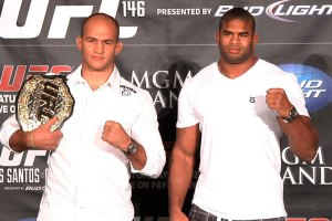 unior dos Santos and Alistair Overeem