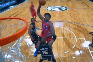 DeAndre Jordan Throws Down Monster Jam