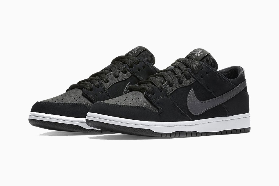 watch 8b825 b96ff Nike SB Dunk Low Pro