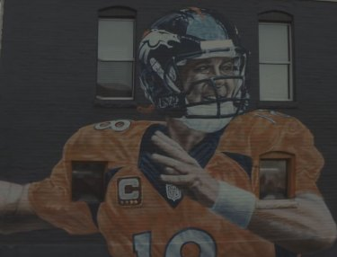Peyton Manning Honored By Friends, Athletes in Gatorade Campaign