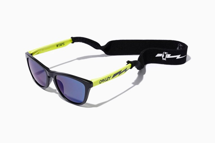 Tokyo-based WTAPS teams up with Oakley to bring back the iconic Frogskin sunglasses for Spring/Summer 2016.